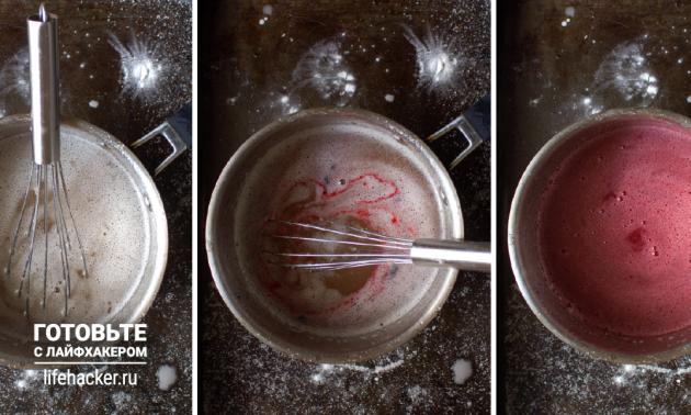 Рецепт лукума из клюквенного сока: в горячем сиропе растворите крахмал, добавьте разбухший желатин и перемешайте