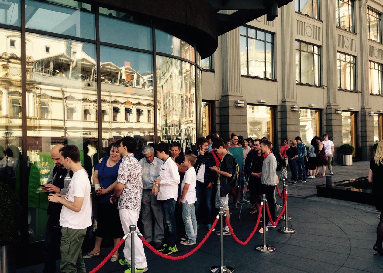 В России стартовали продажи Apple Watch