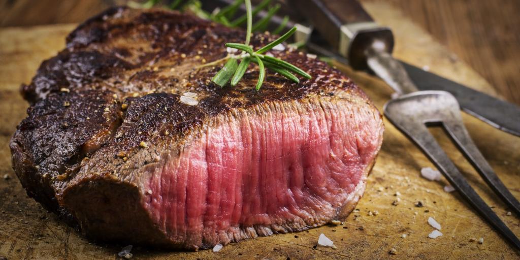 Как замариновать идеальный стейк