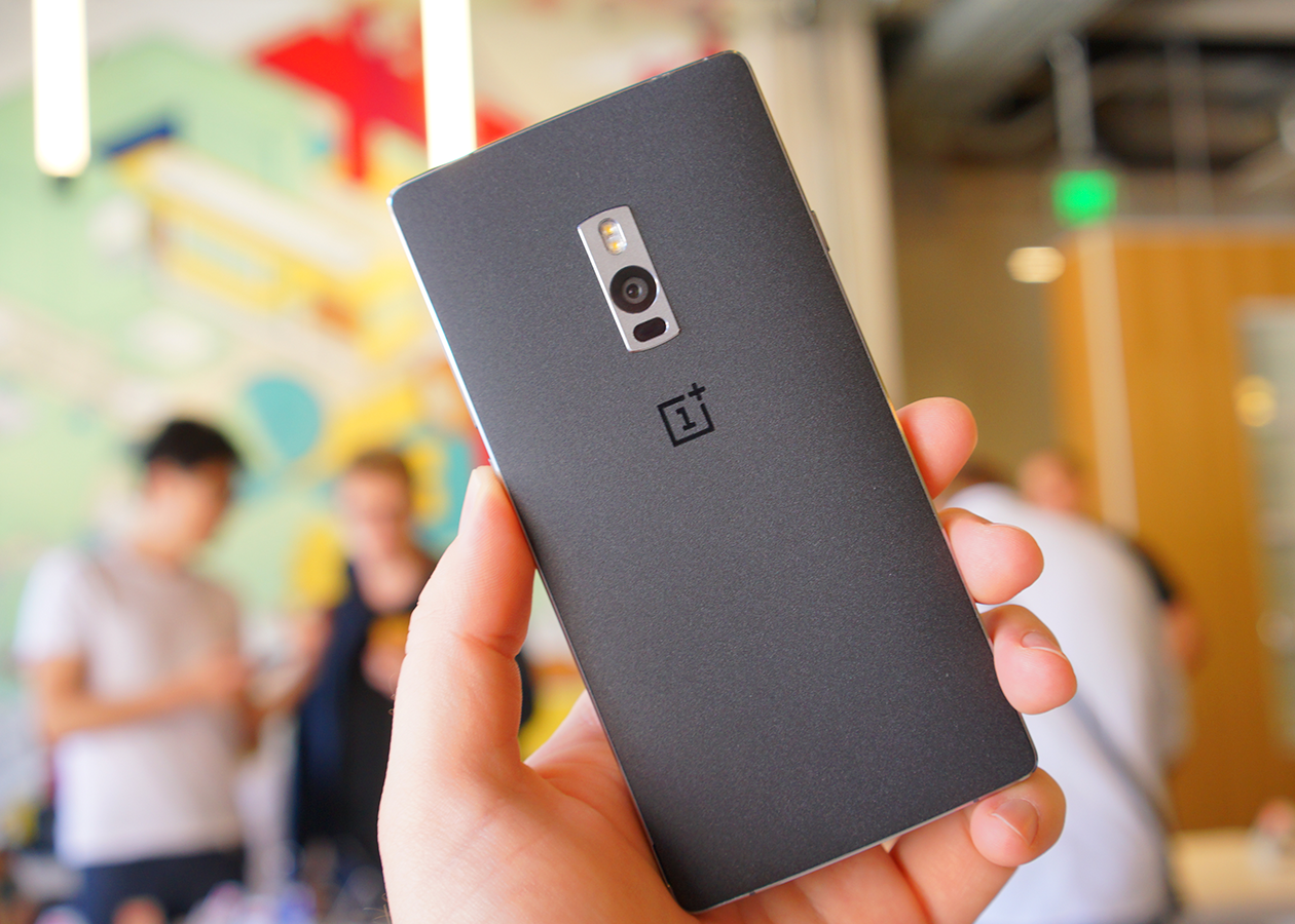 OnePlus 2 — флагман со сканером отпечатков и USB Type C за $330