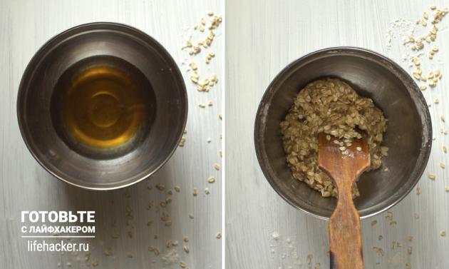 Творожные батончики с нектарином: смешайте масло с мёдом и добавьте к ним овсянку, муку и соду