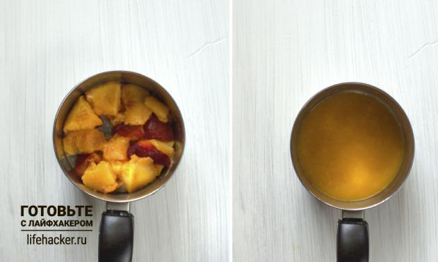 Творожные батончики с нектарином: у фруктов удалите косточки и пюрируйте мякоть в сотейнике