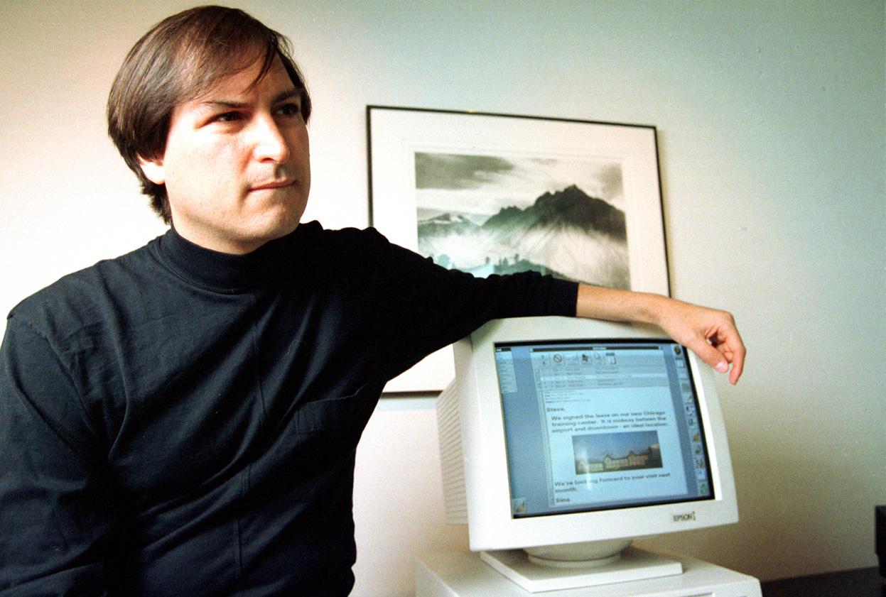 Почему компания NeXT не достигла такого же успеха, как Apple