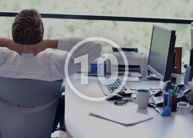 10 способов наслаждаться летом, даже если вы сидите в офисе