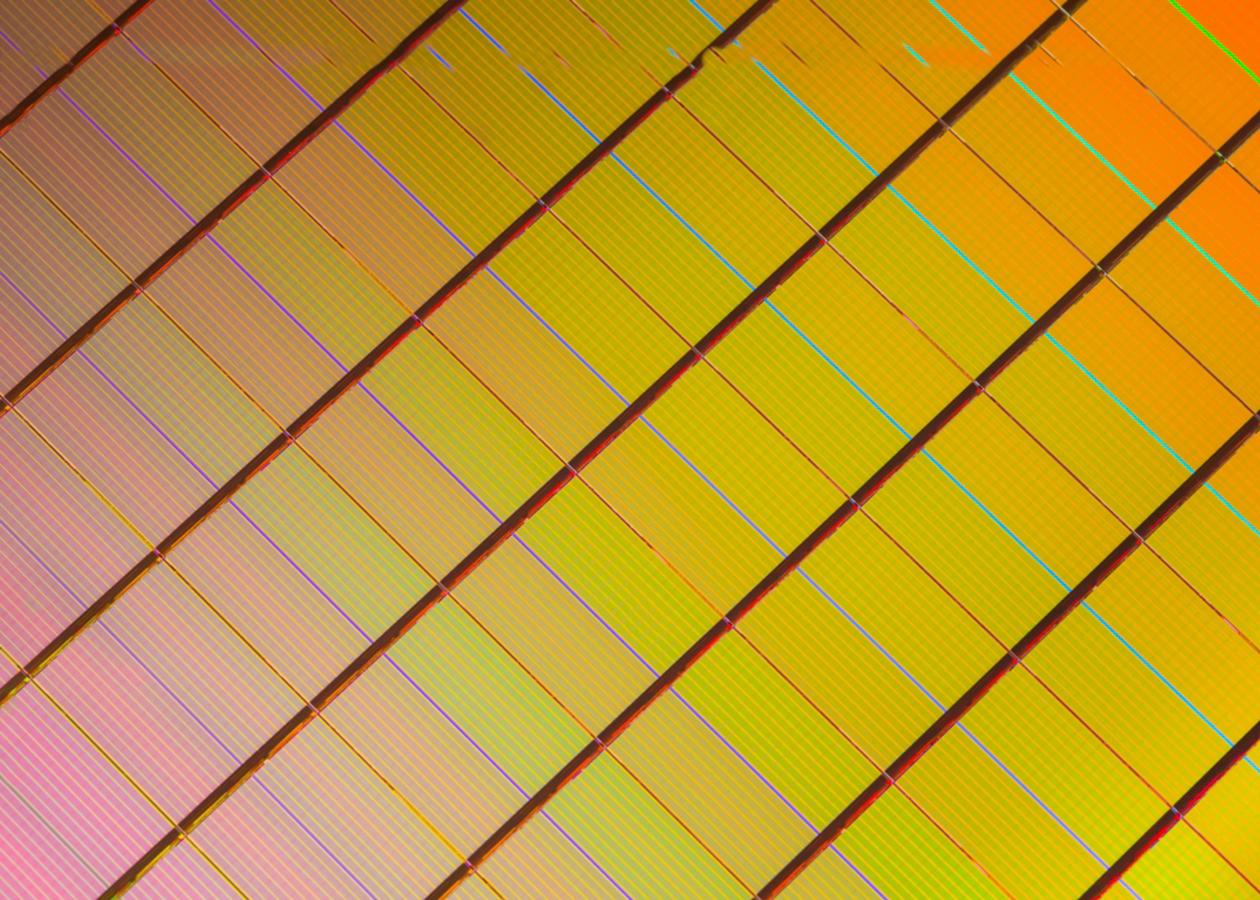 Intel анонсировала 3D XPoint — революционную память, которая в тысячу раз быстрее флеш-памяти