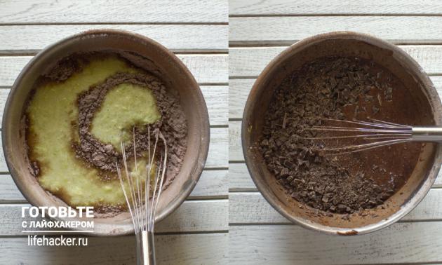 Бисквит из кабачка: смешайте сухие ингредиенты с жидкими и добавьте шоколад