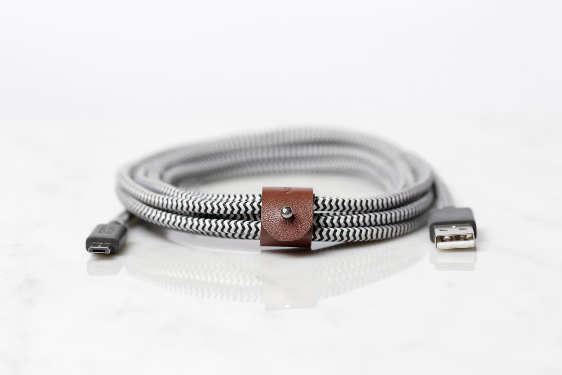 BELT — красивый и надежный lightning-кабель, который точно не порвется