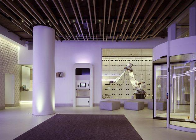 Роботизированный отель YOTEL в Нью_Йорке