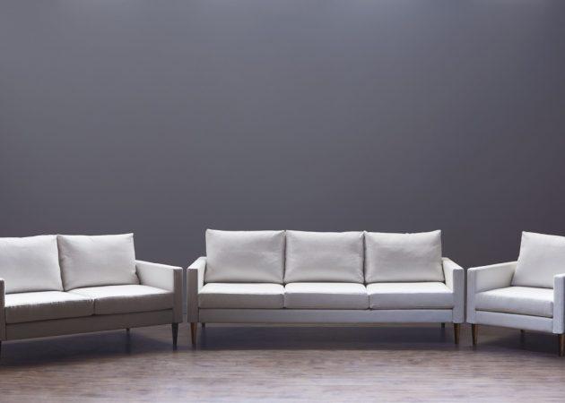 Campaign - наиболее простая в сборке и перевозке мебель