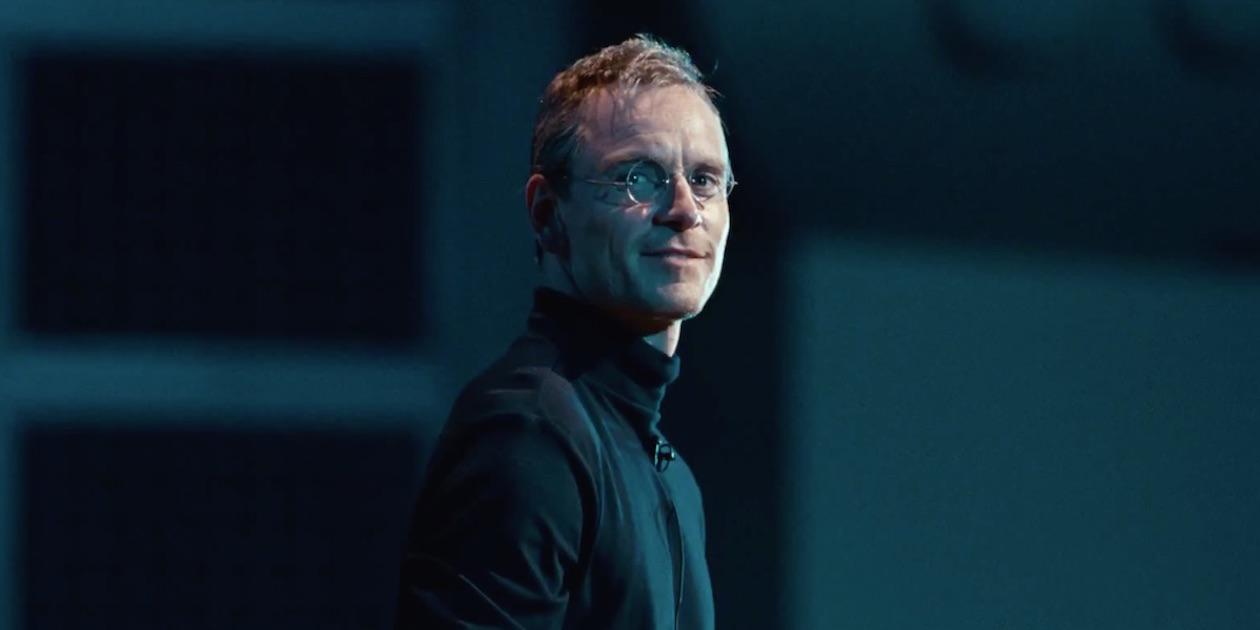 Критики высоко оценили фильм «Стив Джобс», особо отметив игру Майкла Фассбендера