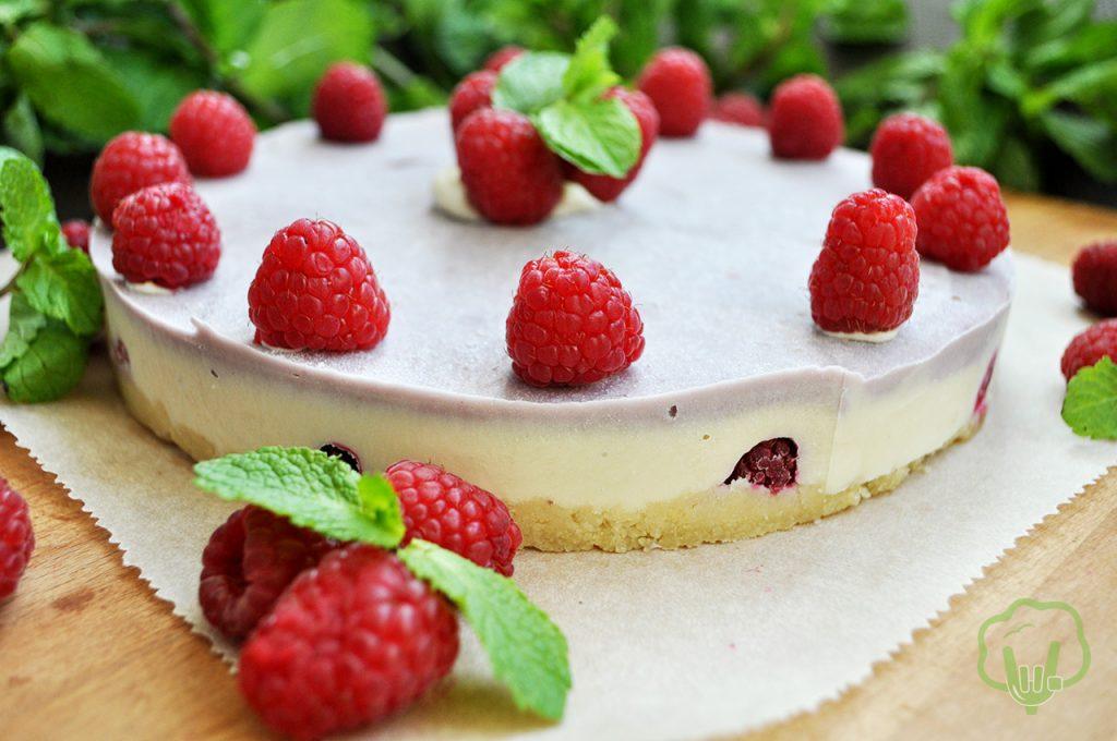 Торт малиновый чизкейк фото