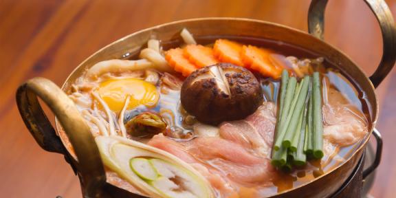 РЕЦЕПТЫ: Тянконабэ —суп, которым питаются сумоисты