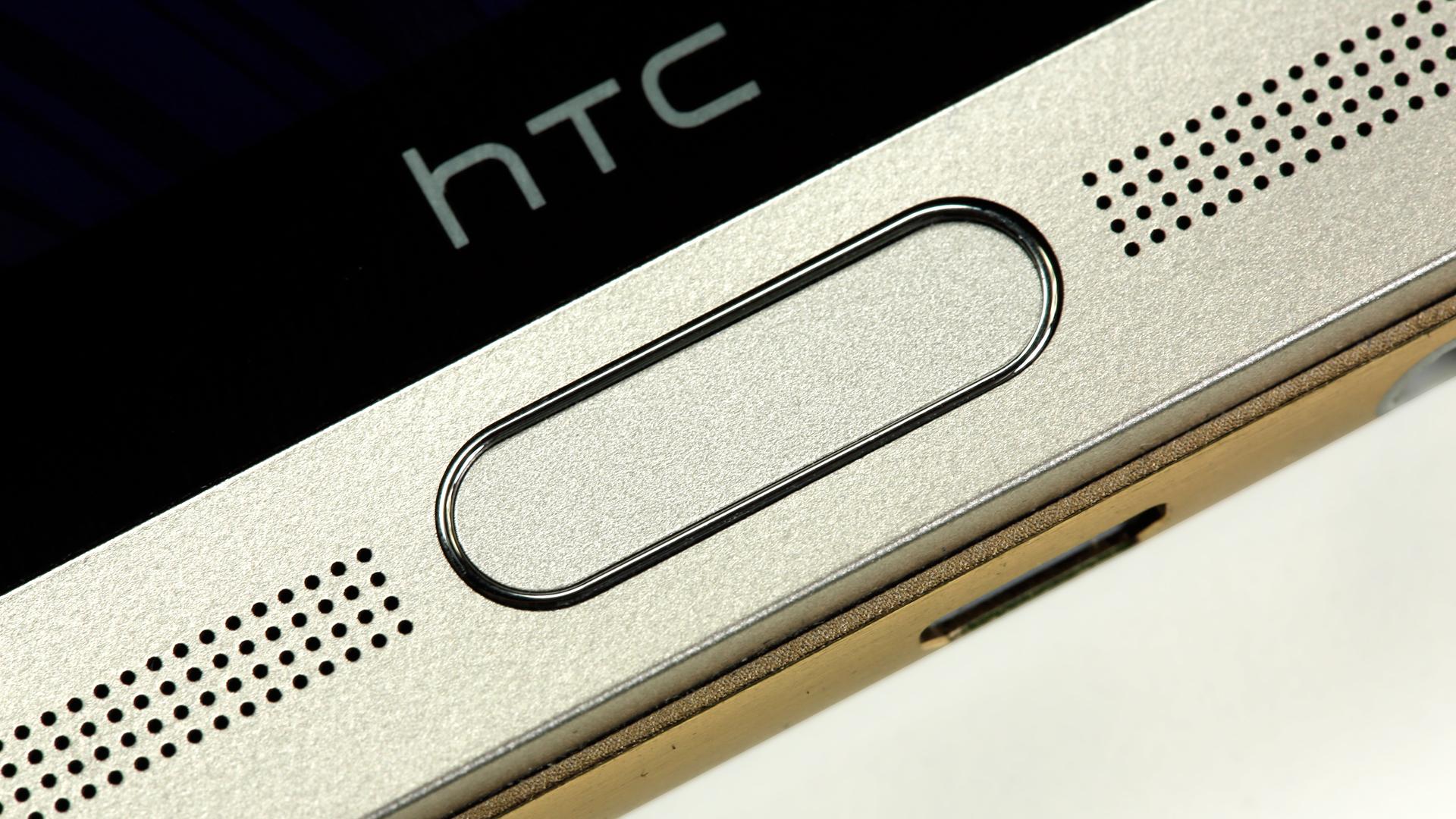 В Сети появились новые фото A9 от HTC — точной копии iPhone 6