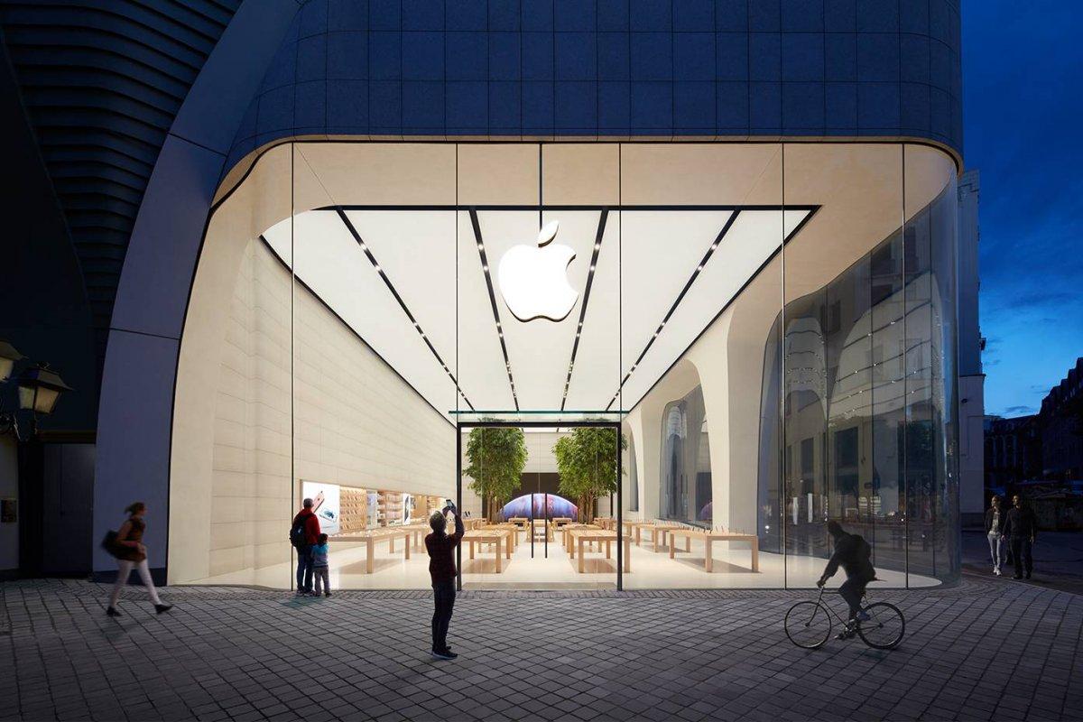 Сколько придется работать в разных городах мира, чтобы купить новый iPhone
