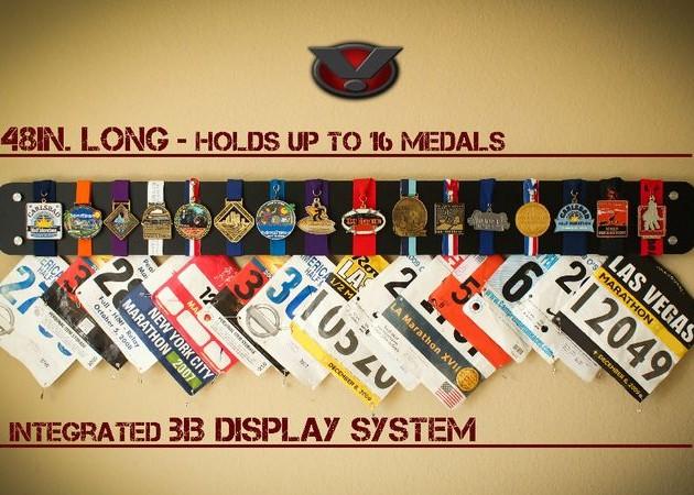 Как повесить медали на стену
