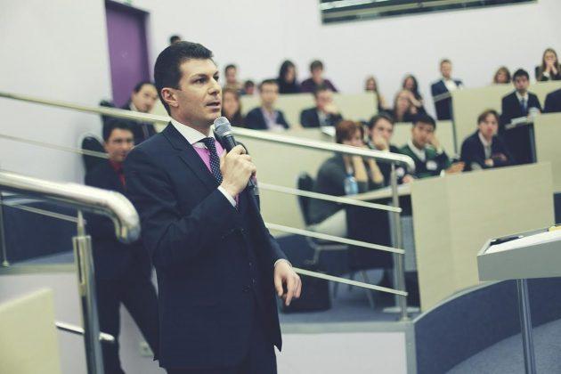 Олег Брагинский планирует обучить траблшутингу тысячи людей