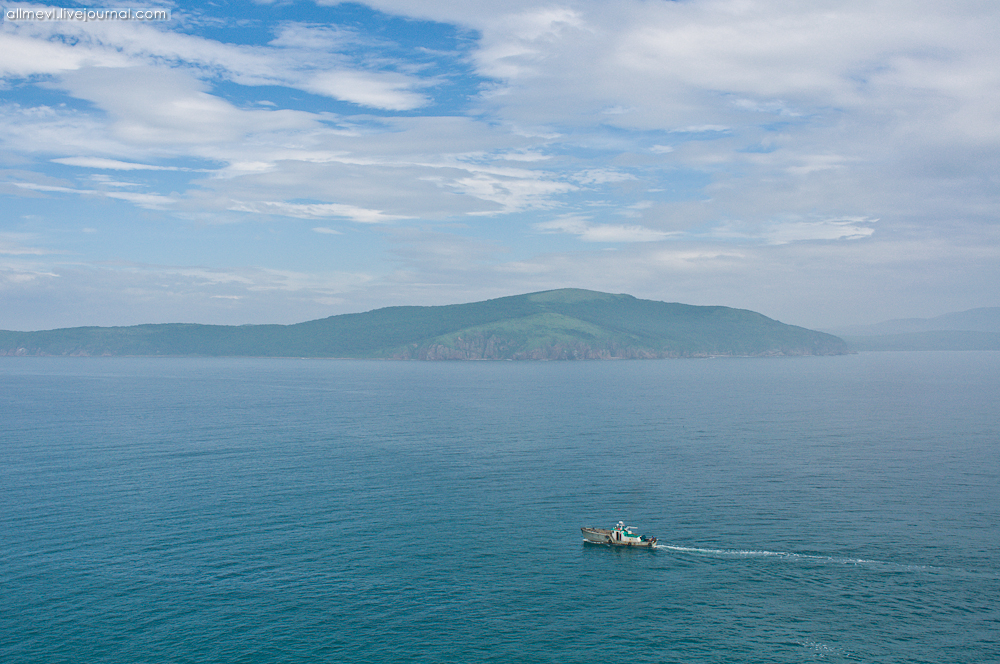 Приплыли на остров чтобы занятся сексом