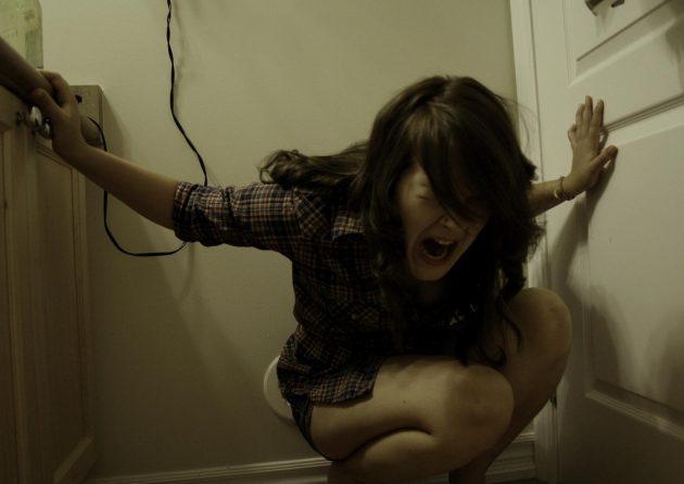 Тревожное расстройство можно победить с помощью истерики