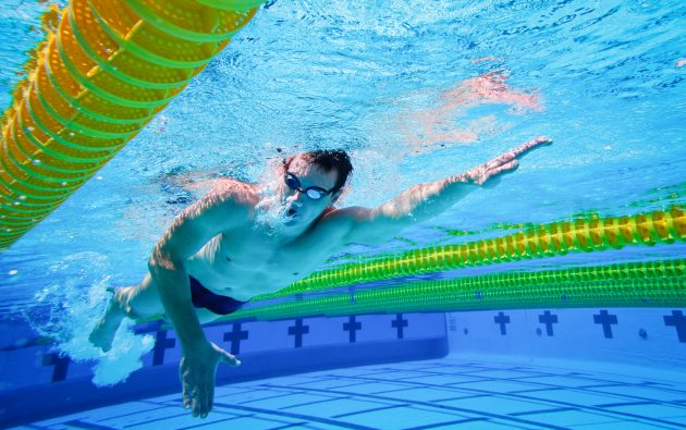 Польза плавания: здоровые лёгкие и сердце