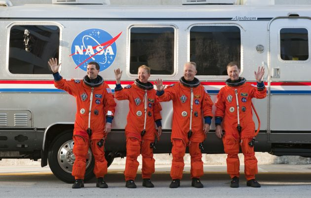 Крутые автомобили NASA: Astronaut Transfer Van