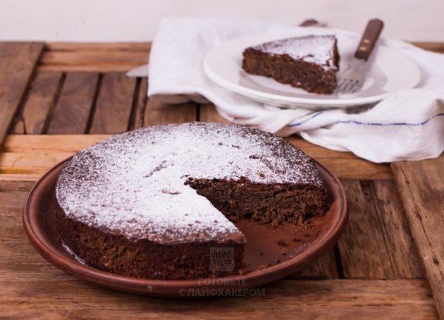 Итальянский ореховый пирог нарезайте после полного остывания
