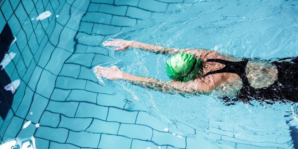 Техника плавания брассом (брасом) с показом, с картинками