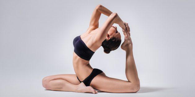 8 простых асан для новичков в йоге