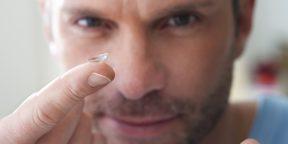 Вредно ли спать в контактных линзах