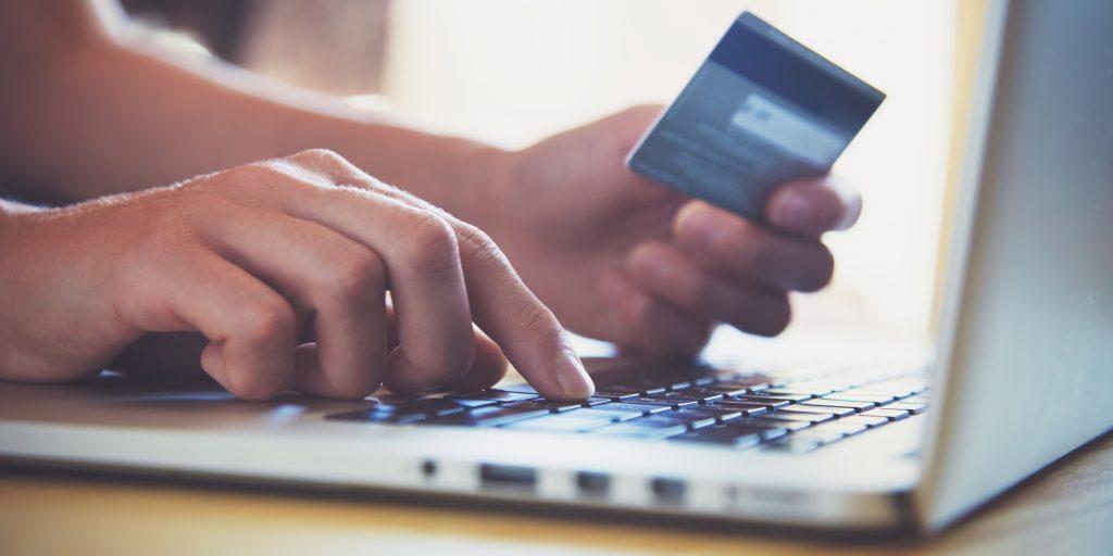 Киберпонедельник»: все предложения главной распродажи января