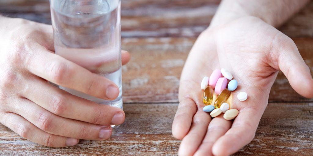 Зачем пить витамины