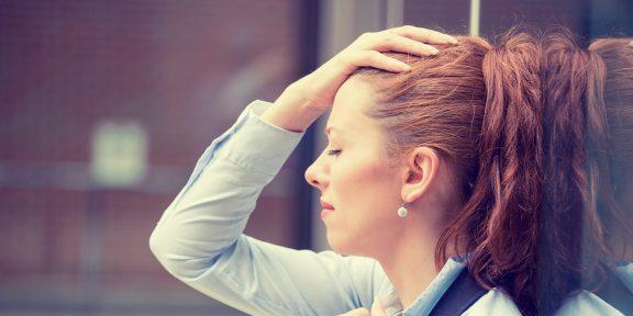 Какие болезни женщины зарабатывают из-за стресса и как с этим бороться