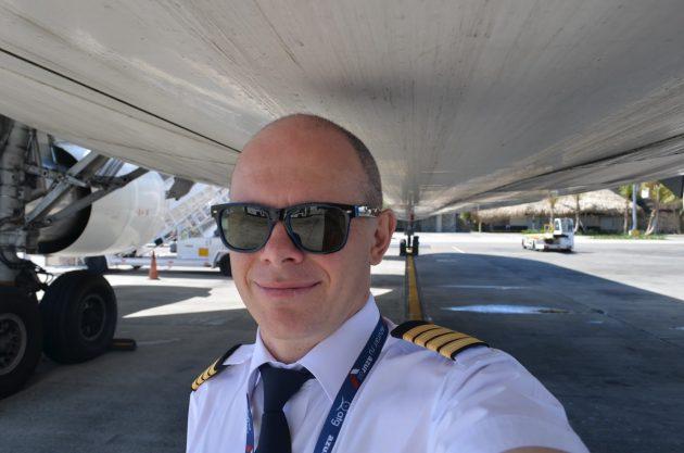 Андрей Громоздин, пилот «Боинга», о востребованности профессии