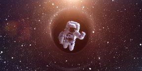 Как побывать в чёрной дыре с Interstellar