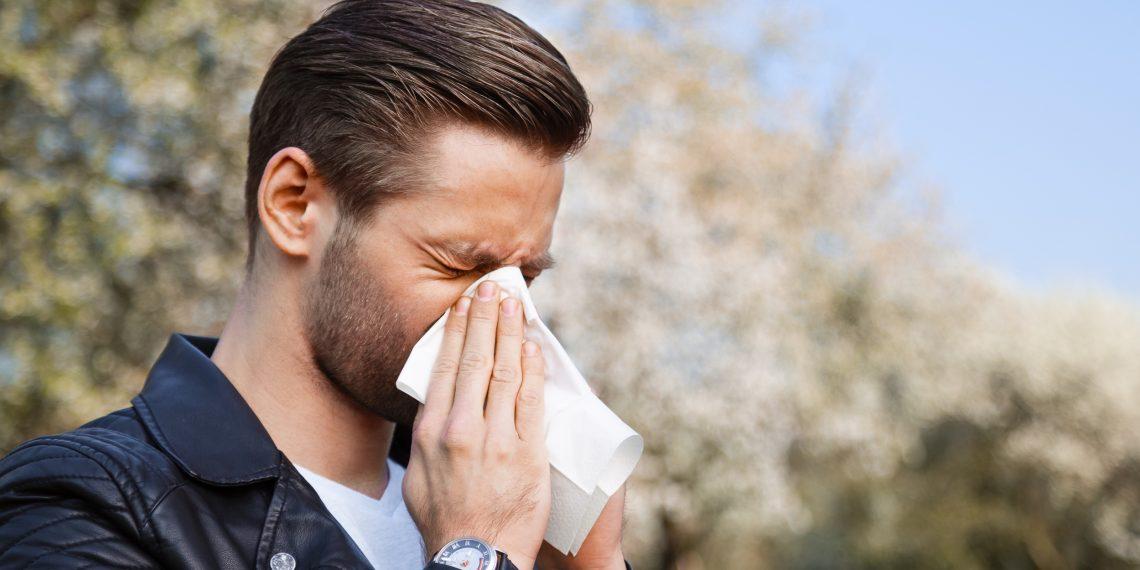 аллергия на носу и под глазами