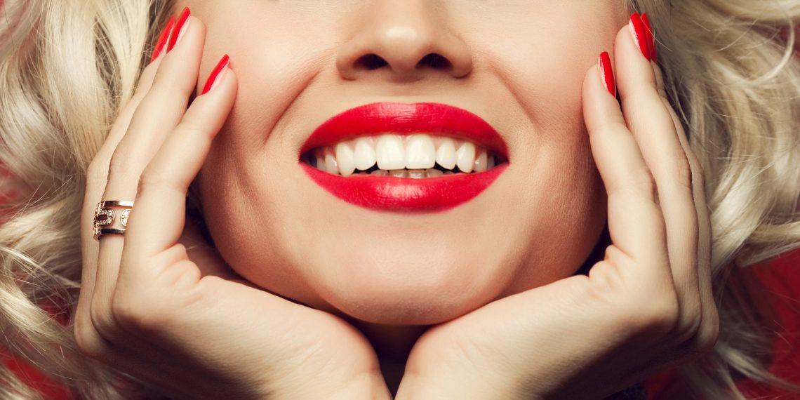 Оральный секс с плохими зубами