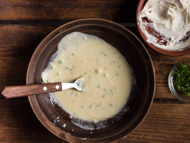 Домашние низкоуглеводные хлебцы: добейтесь максимальной однородности смеси