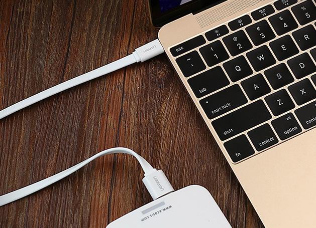 Находки AliExpress: чехол для ноутбука, ограничитель для двери и автомобильный органайзер