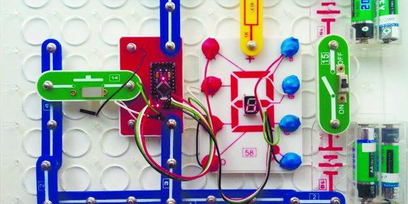 Конструктор «Знаток»: как научить ребёнка электронике раньше, чем чтению