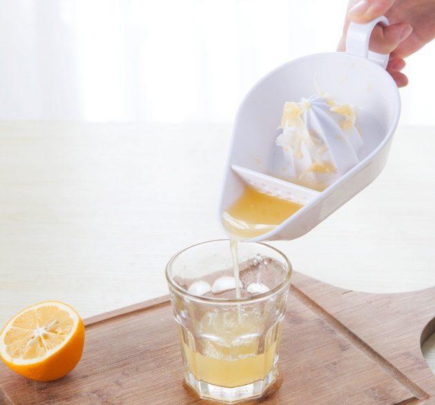 Удобная соковыжималка для цитрусовых