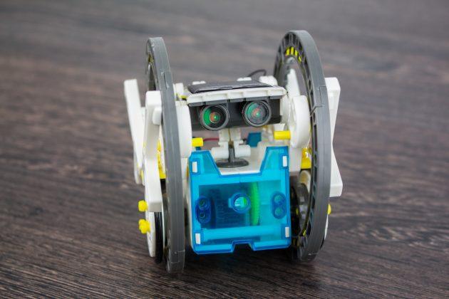 Детский конструктор Solar 14-in-1: плюсы