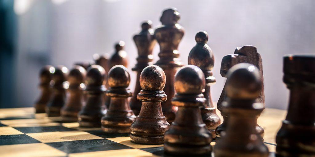 Начните играть в шахматы онлайн бесплатно без регистрации с живыми игроками прямо на нашем сайте.Вам обязательно понравится эта увлекательная игра!