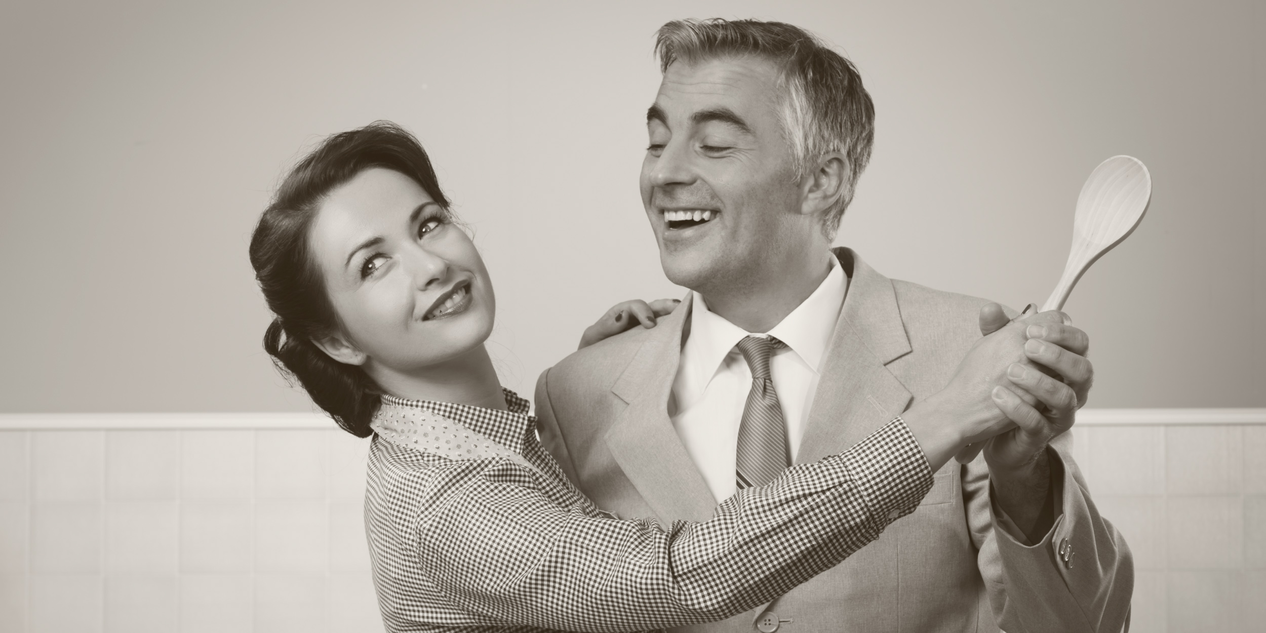 Долго и счастливо: как не позволить быту разрушить ваши отношения