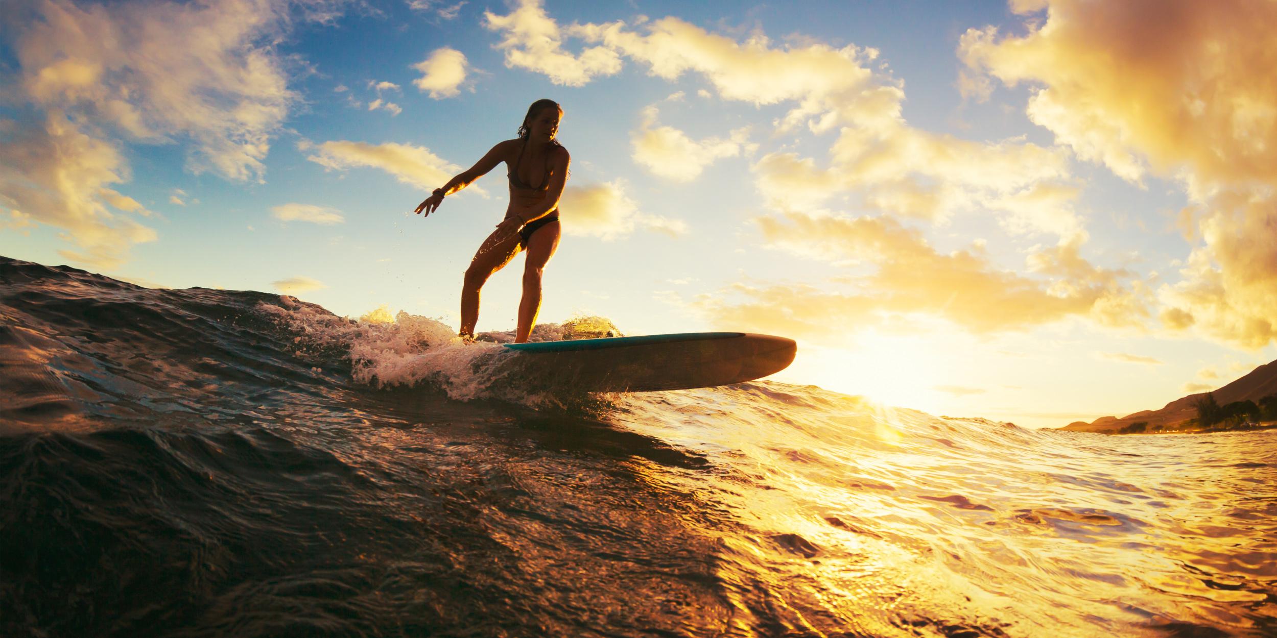 7 мест в России, где можно заняться сёрфингом
