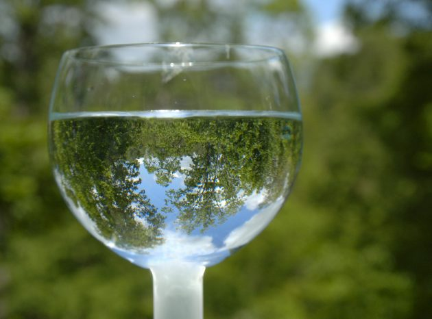 полезные продукты: вода