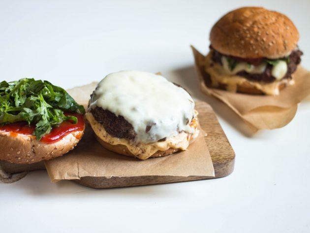 котлеты для бургеров: готовый продукт