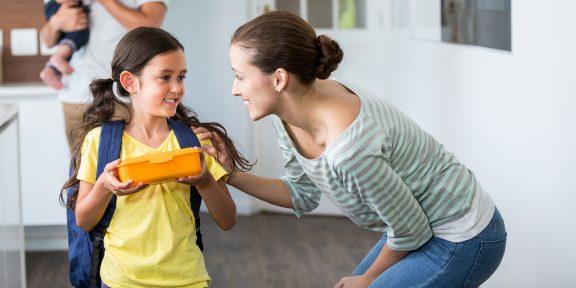 25 вопросов ребёнку вместо скучного «Как дела в школе?»