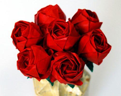 Роза Кавасаки из бумаги