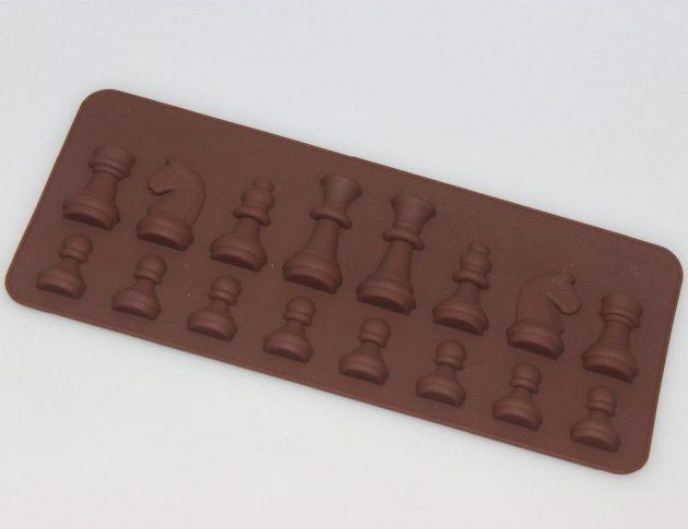 Шахматные формочки
