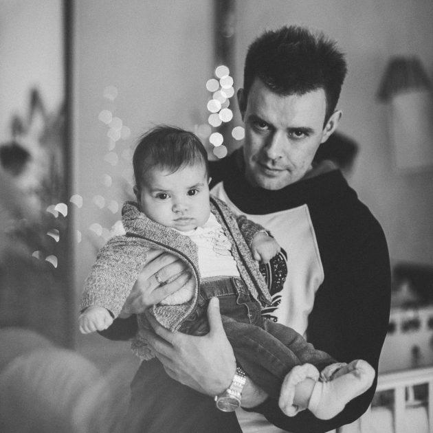 Михаил Фролов с дочкой