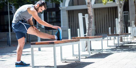 4 упражнения для растяжки, которые займут всего 10 минут